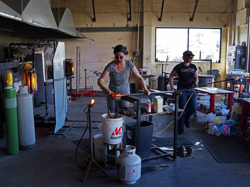 Alder House glass blowing - Lincoln City OR